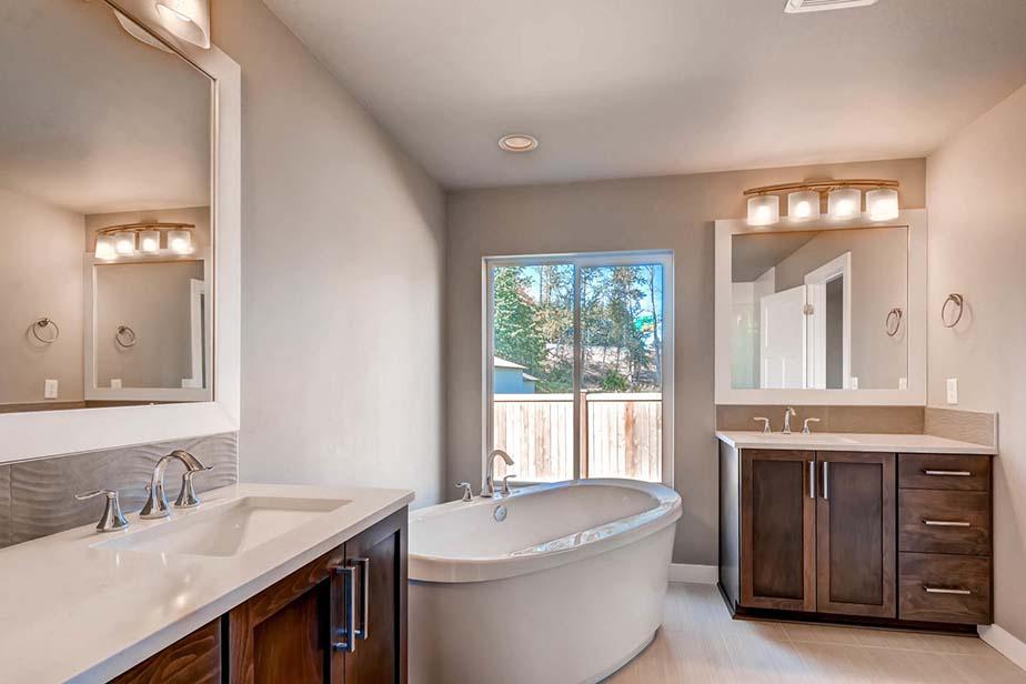 Monroe Custom Home Custom Bathroom and Tub