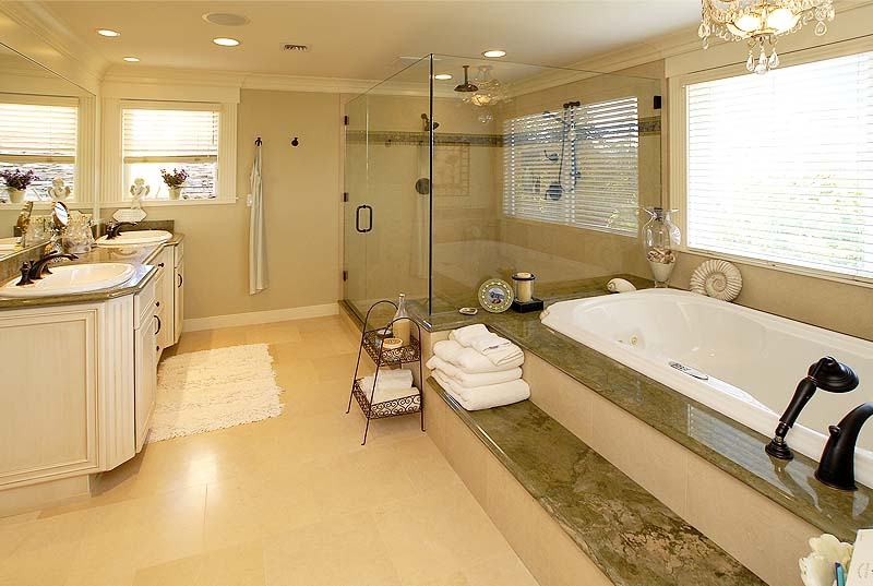 Woodway, Wa custom home bath and shower designs