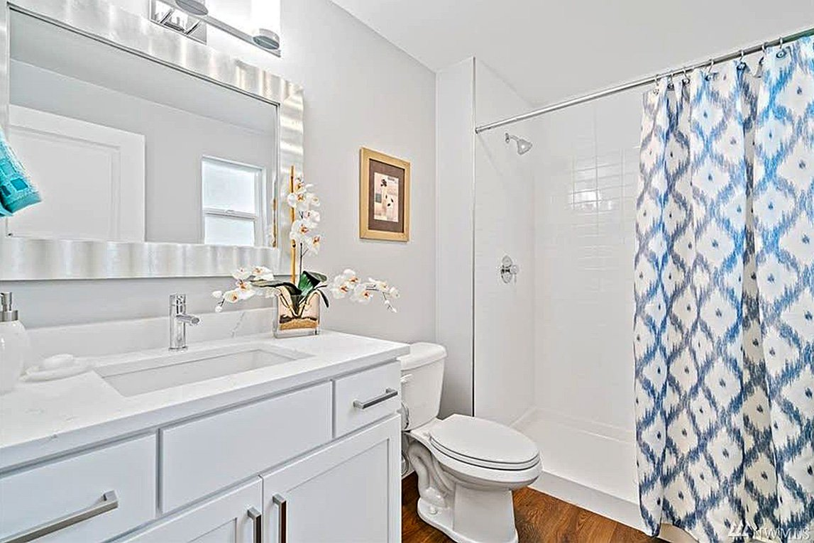 Everett Custom Bathroom Construction and Remodeling Services